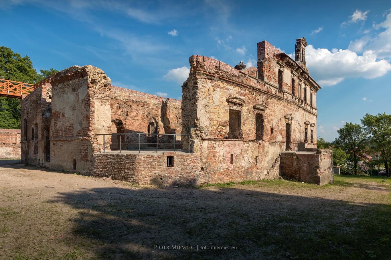 Ujazd zamek