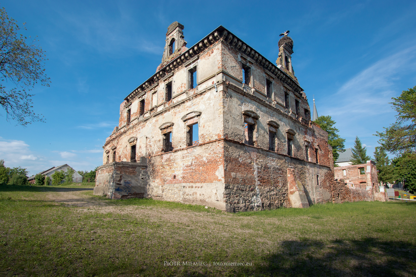 Zamek w Ujeździe