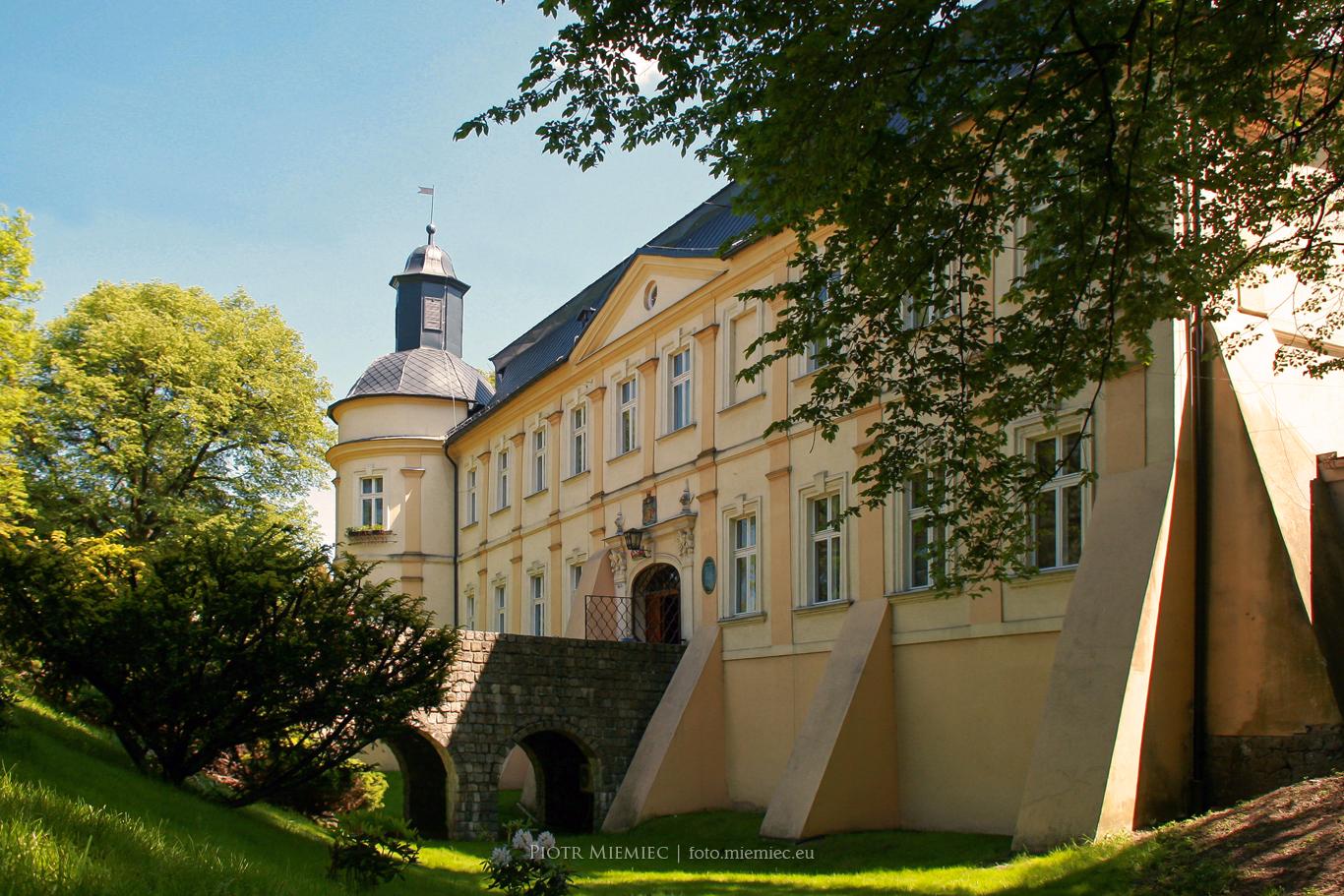 Pałac w Chałupkach