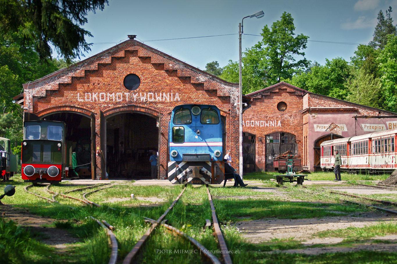 Zabytkowa stacja kolejki wąskotorowej w Rudach