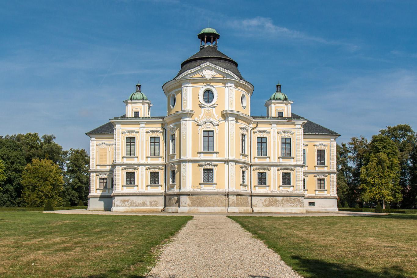 Pałac Kravaře 5