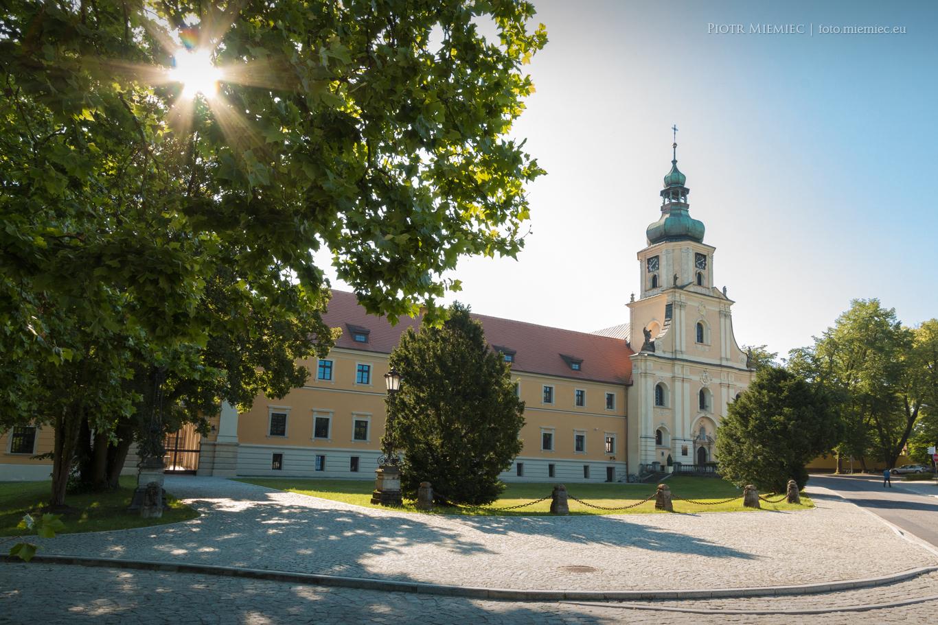 Zespół Pałacowo-klasztorny w Rudach