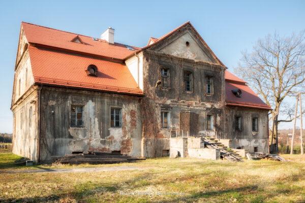 Dwór w Palowicach