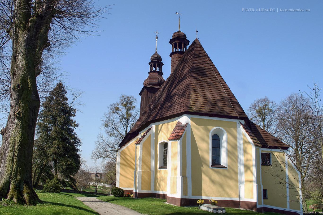 Kościół Wszystkich Świętych w Sierotach