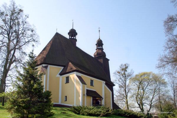 Kościół w Sierotach – kwiecień 2010