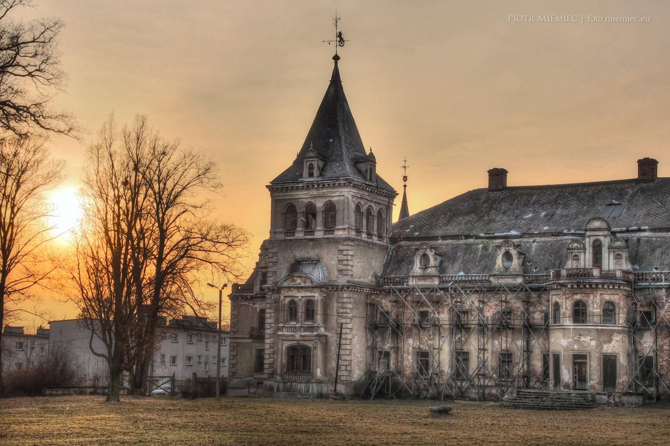 Pałac w Krowiarkach