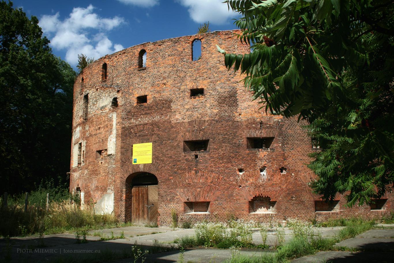 Baszta Montalemberta Fort Fryderyka Wilhelma