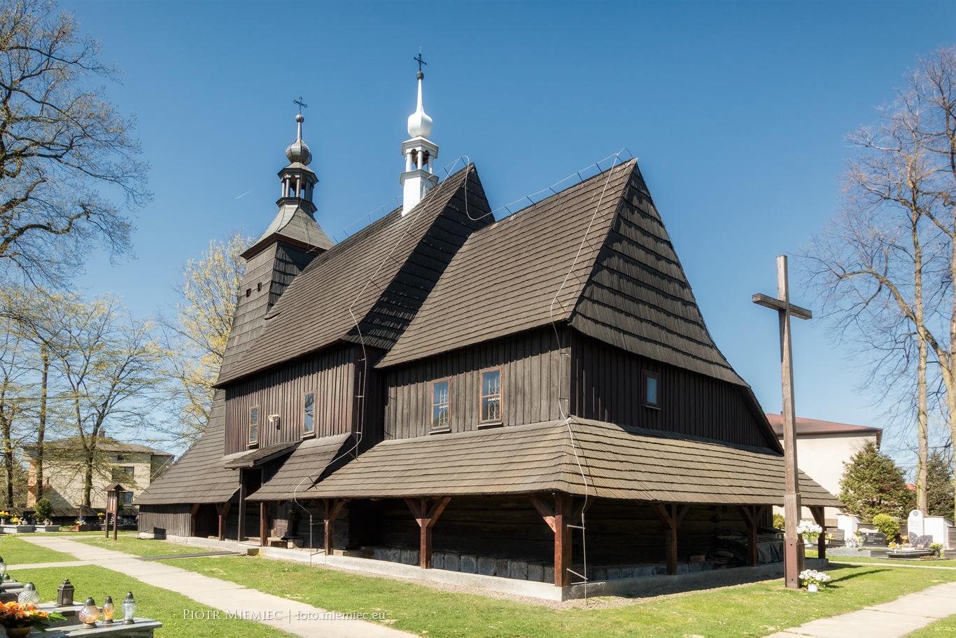 Kościół w Grzawie – kwiecień 2018