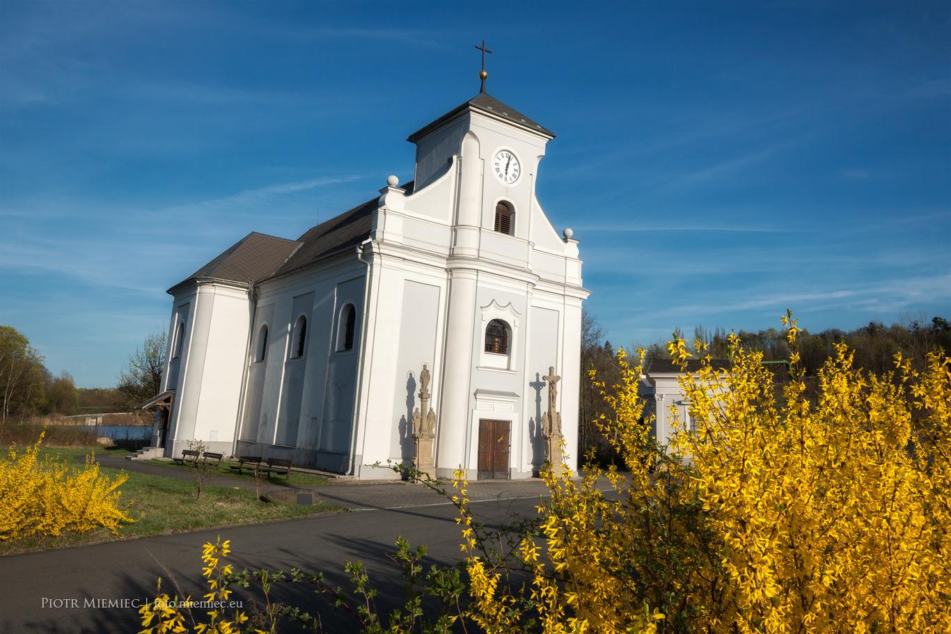 Kościół św. Piotra z Alkantary w Karwinie