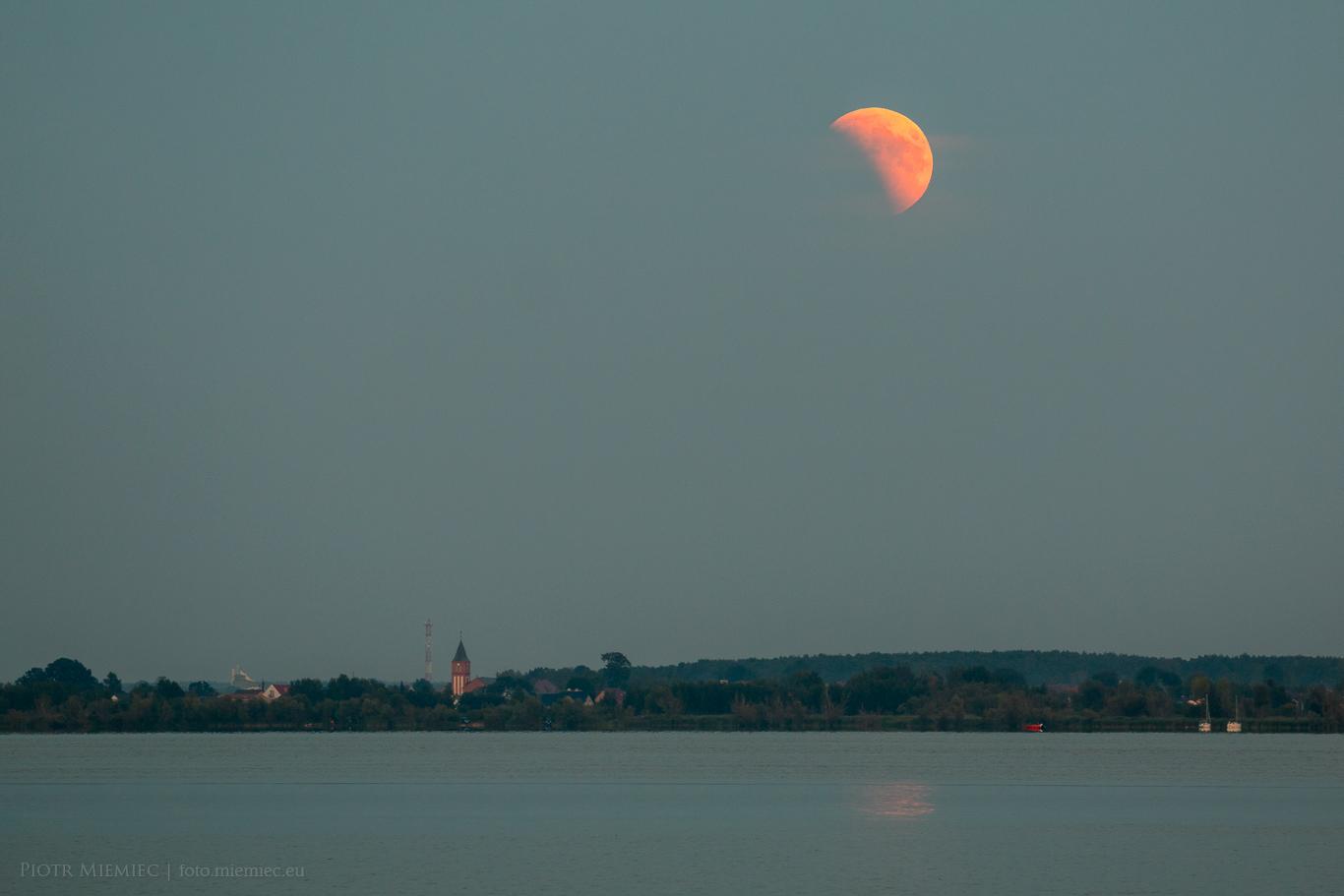 Jezioro Turawskie i zaćmienie Księżyca