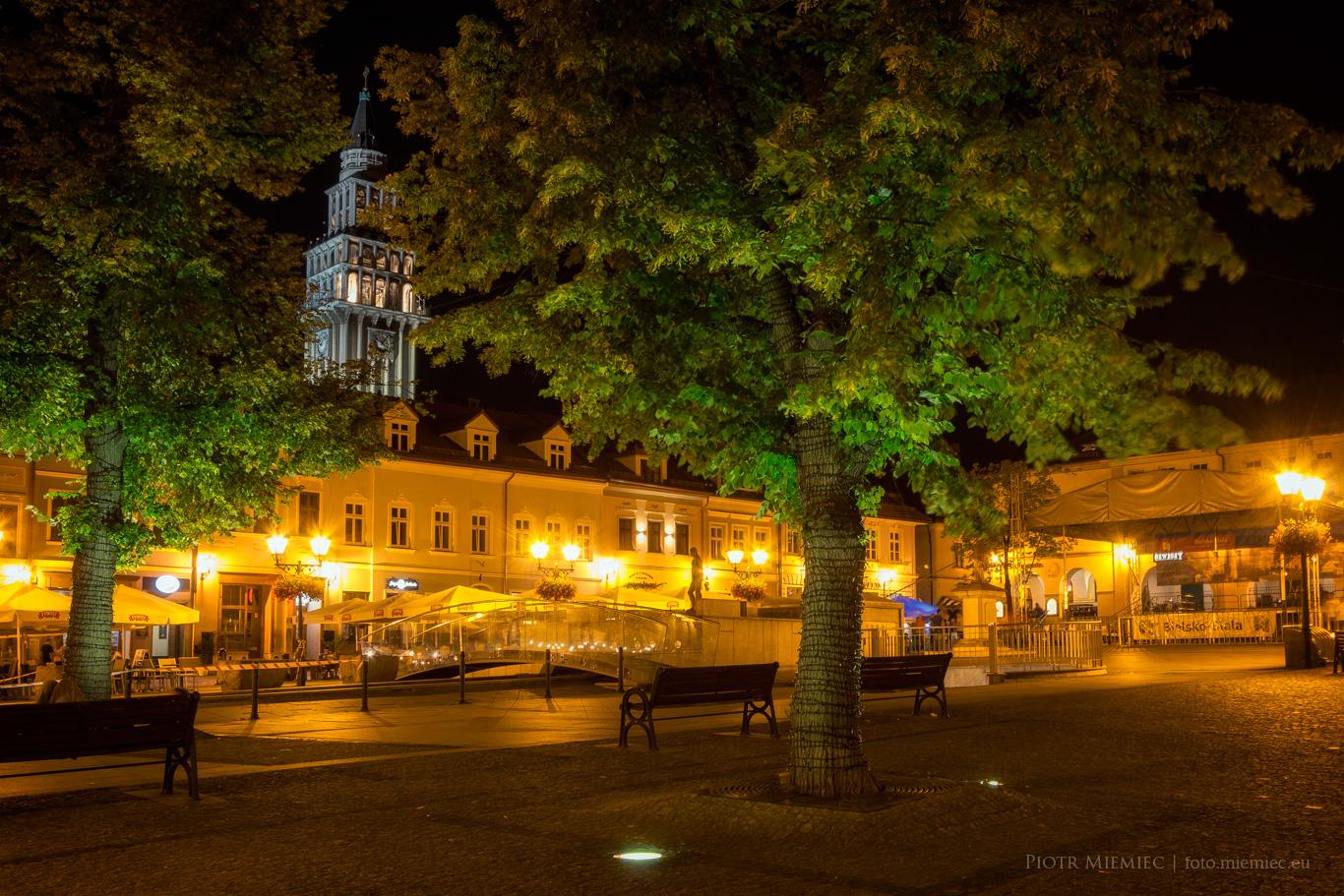 Bielsko - wieczór na rynku