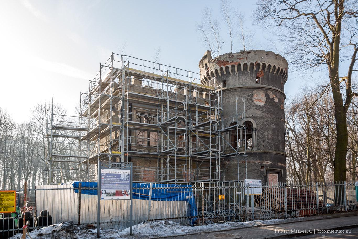 Pałac w Miechowicach odbudowa