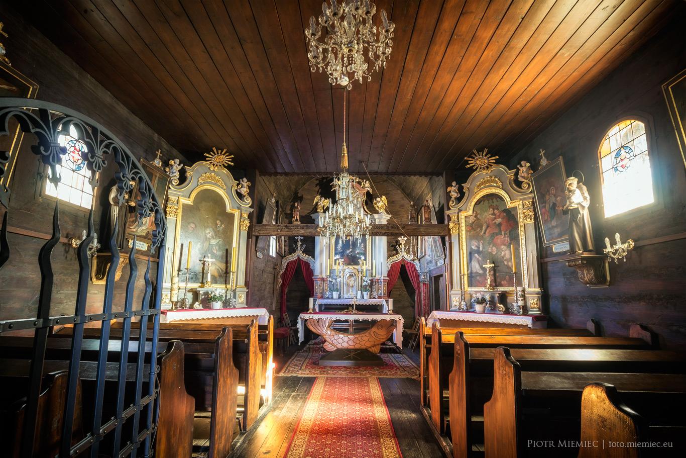 Pietrowice Wielkie - Drewniany kościół odpustowy Świętego Krzyża
