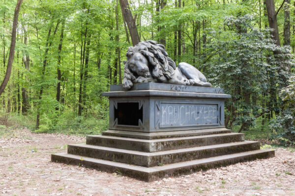 Pokój – zabytkowy park