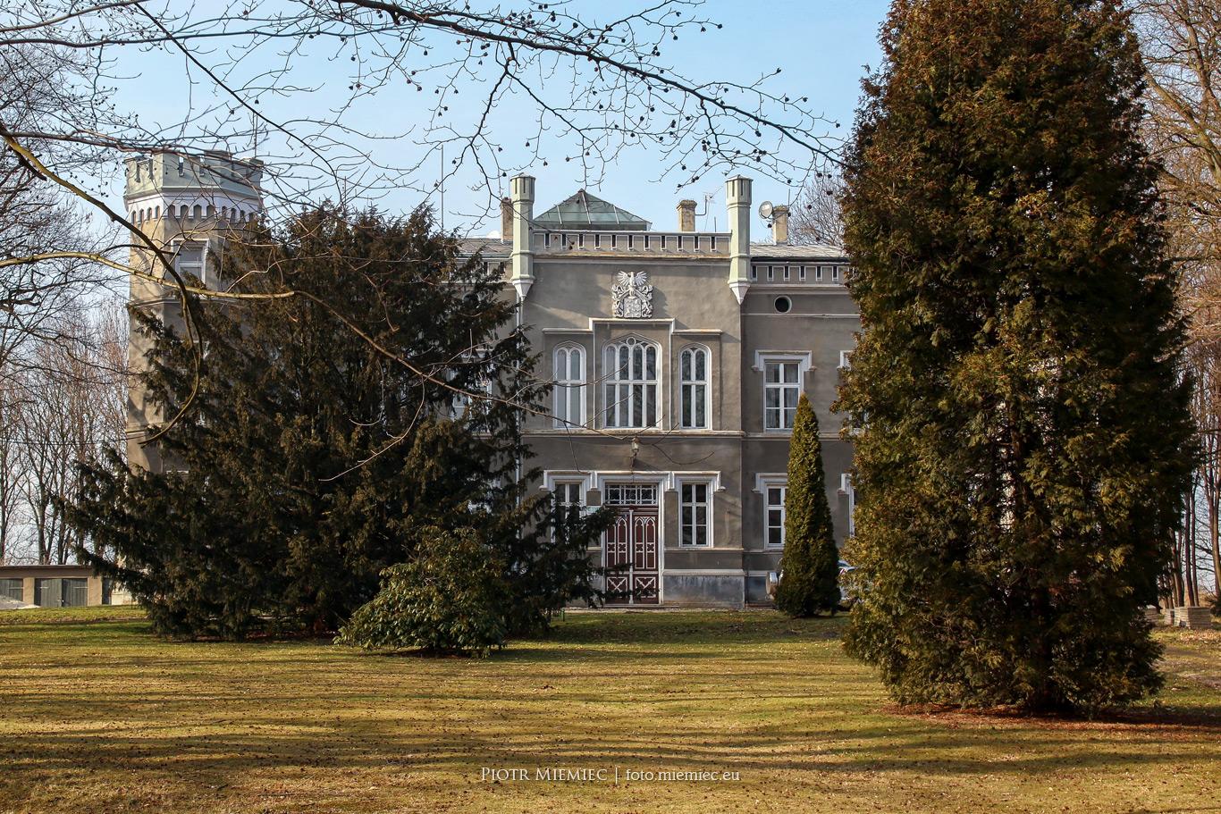 Pałac w Modzurowie