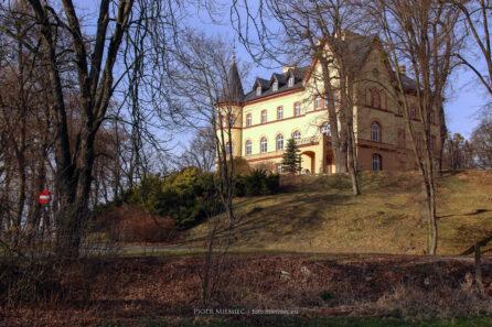 Pałac w Jastrzębiu