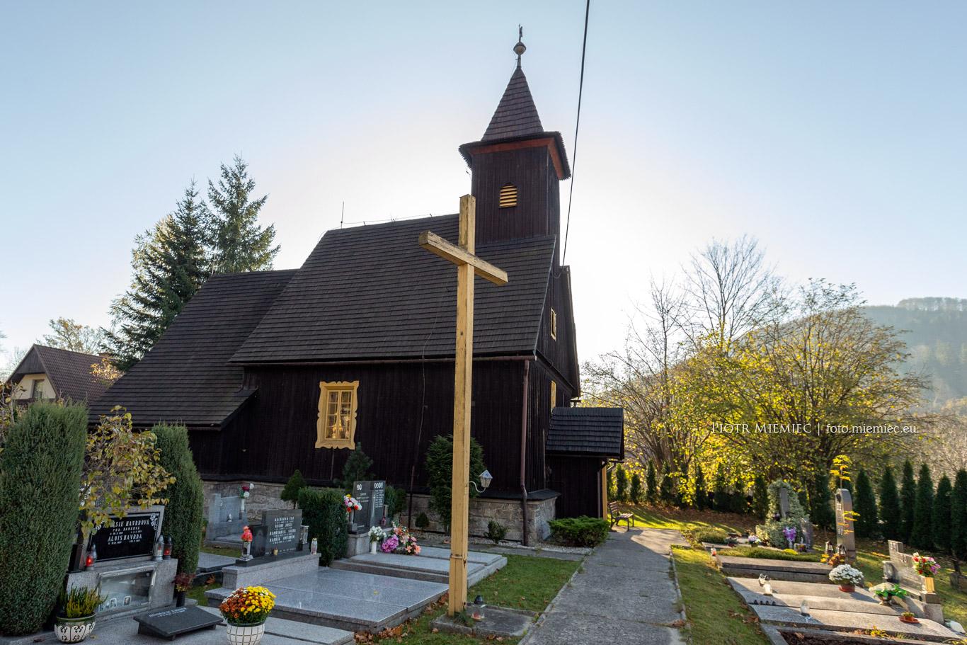 Drewniany kościół w Nydku