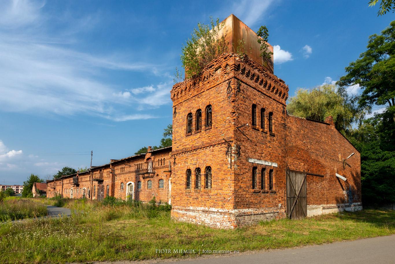 Folwark w Kochcicach wieża wodna