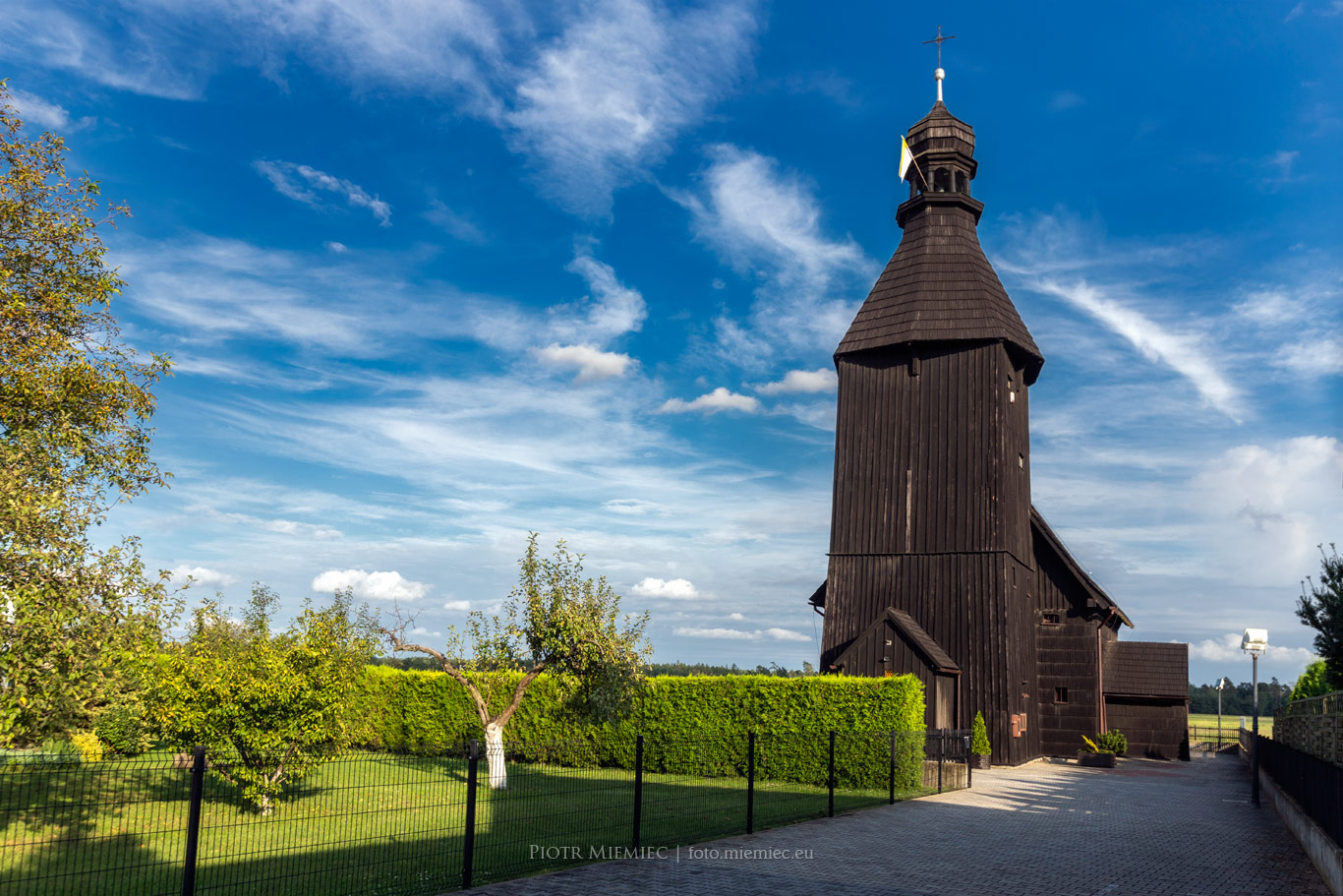 Drewniany kościół w Szczepanku