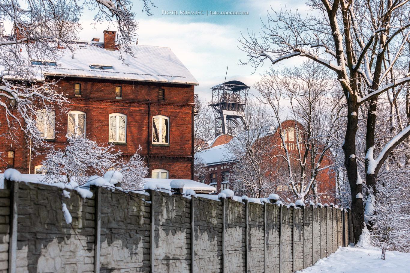 Zabrze, śnieg i kopalnia Ludwik