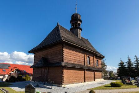 Drewniany kościół w Rzepczach