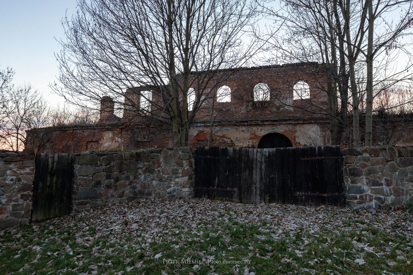 Ruiny zamku Vrbnów w Nowej Cerekwi
