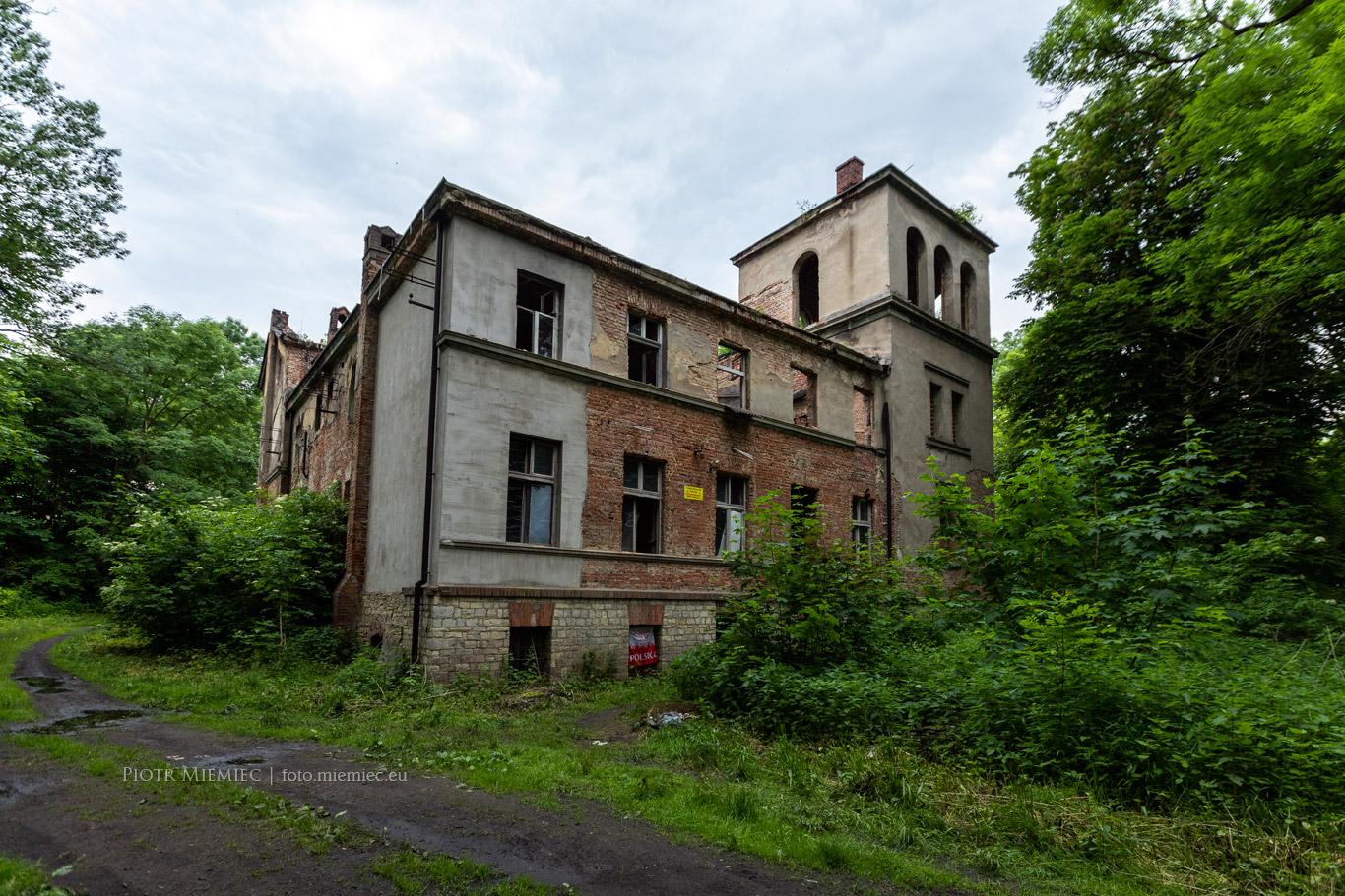 Kotliszowice pałac dwór