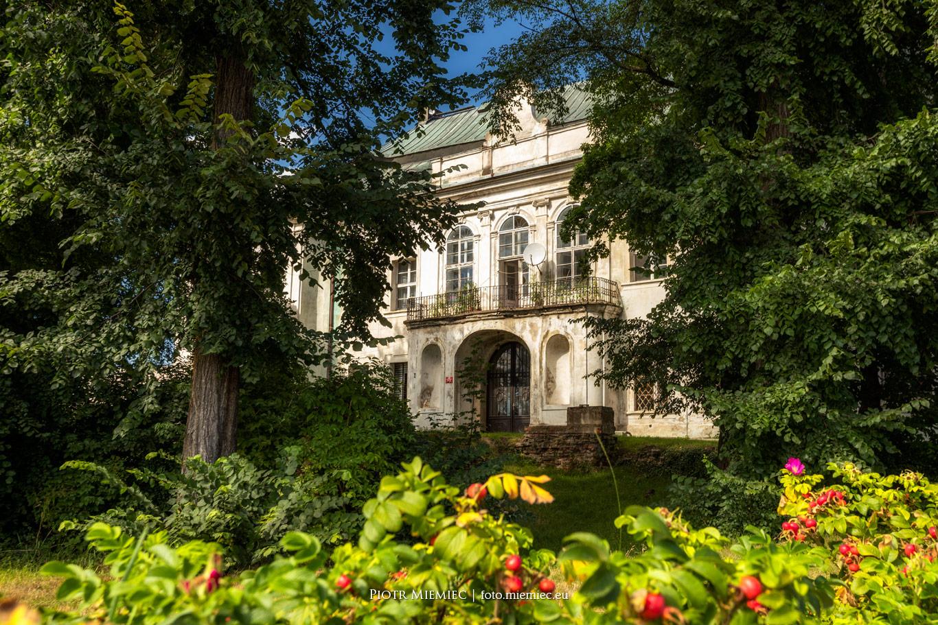 Pałac w Pisarzowicach