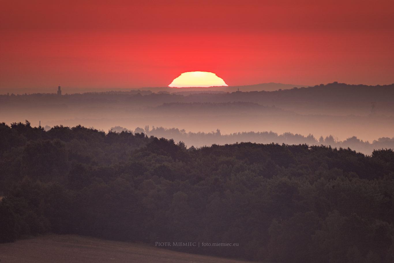 Wschód słońca na Skalnym