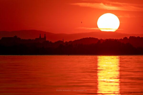 Zachód słońca nad jeziorem Nyskim